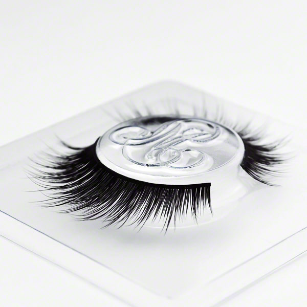 #DamnNearRoyalty (Classic) lashes