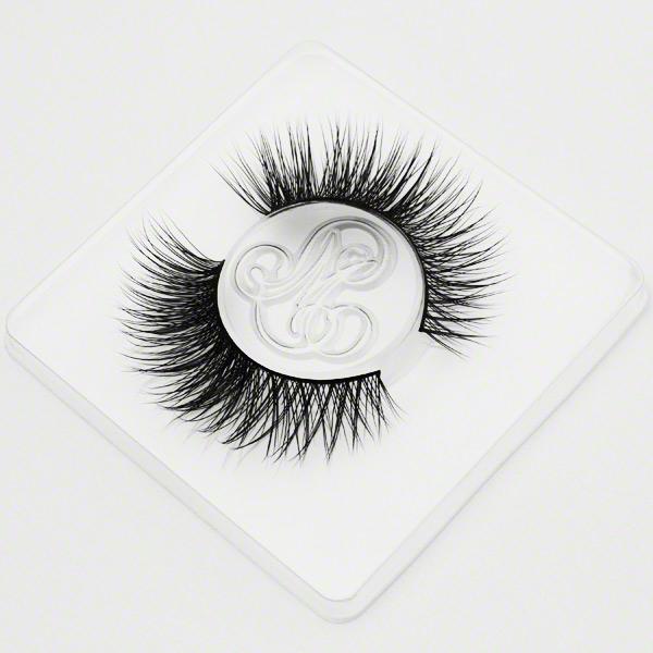 #RoyalSinner (High-Class) eyelashes