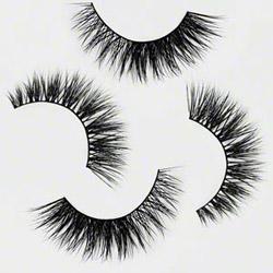 Minki Lashes medium volume eyelashes
