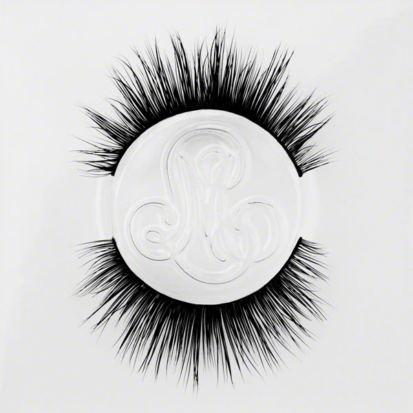 #DamnNearRoyalty - Longer Thicker Eyelashes