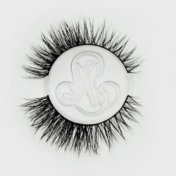 #RoyalSinner Faux Lashes